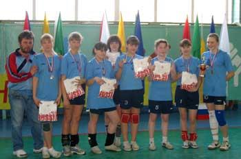 Команда волейболистов призеры соревнований  «Юный олимпиец»